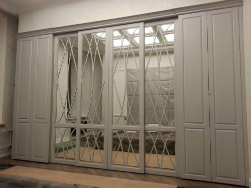 Встроенный шкаф в гостиную из МДФ