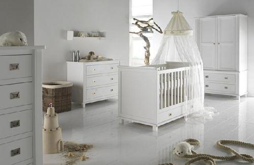 Мебель из массива и МДФ для новорожденного