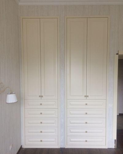 Встроенный шкаф МДФ  в спальню с ящиками