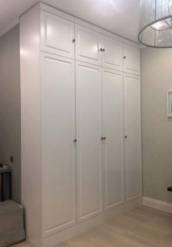 Встроенный шкаф в прихожей из МДФ 2