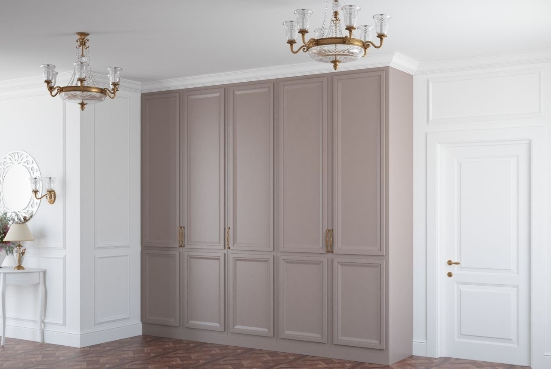 Распашной встроенный шкаф из МДФ в прихожую в классическом стиле
