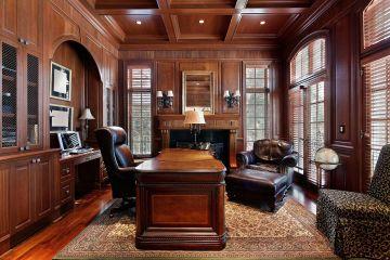 Мебель из массива дерева для кабинета со столом и стеллажом