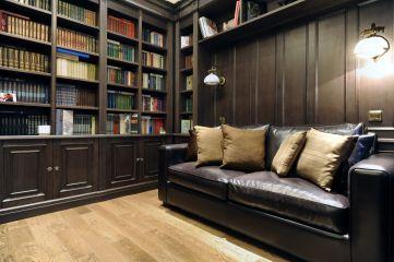 Библиотека со стеллажами в кабинет