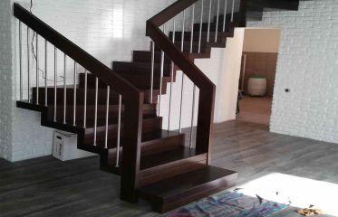 Облицовка металлической лестницы