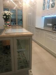 Мебель для кухни из массива дерева